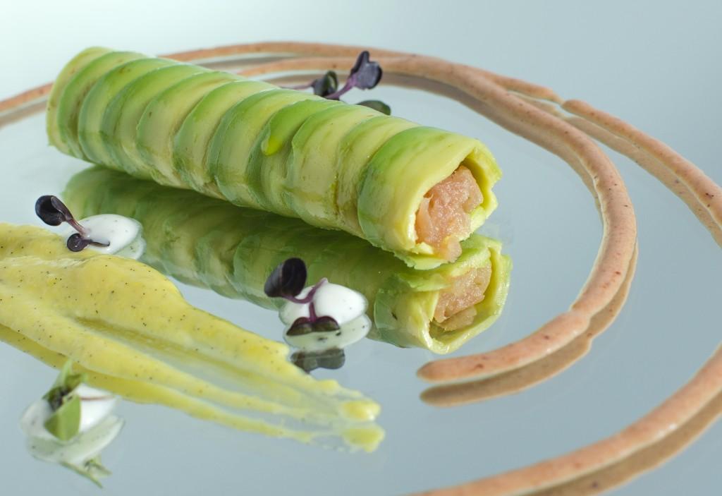 Avocado and salmon cannellone