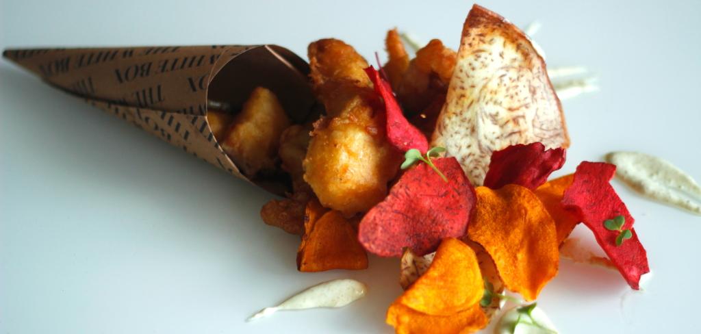 Nuestro fish & chips - Pescado capeado y chips de tubérculos 3