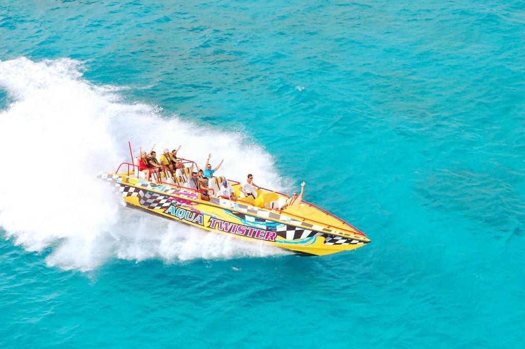 Aquatwister-Cancun-02