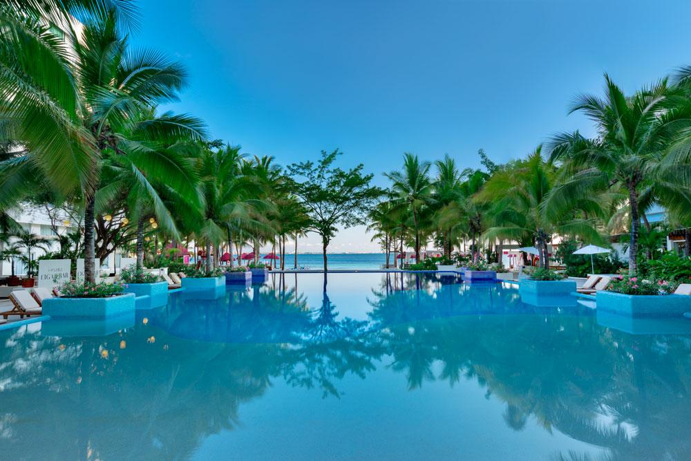 Hotel Oasis en Cancún