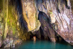 Cueva estalagmitas y estalactitas Parque Xplor