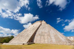 La Pirámide del Adivino en Uxmal