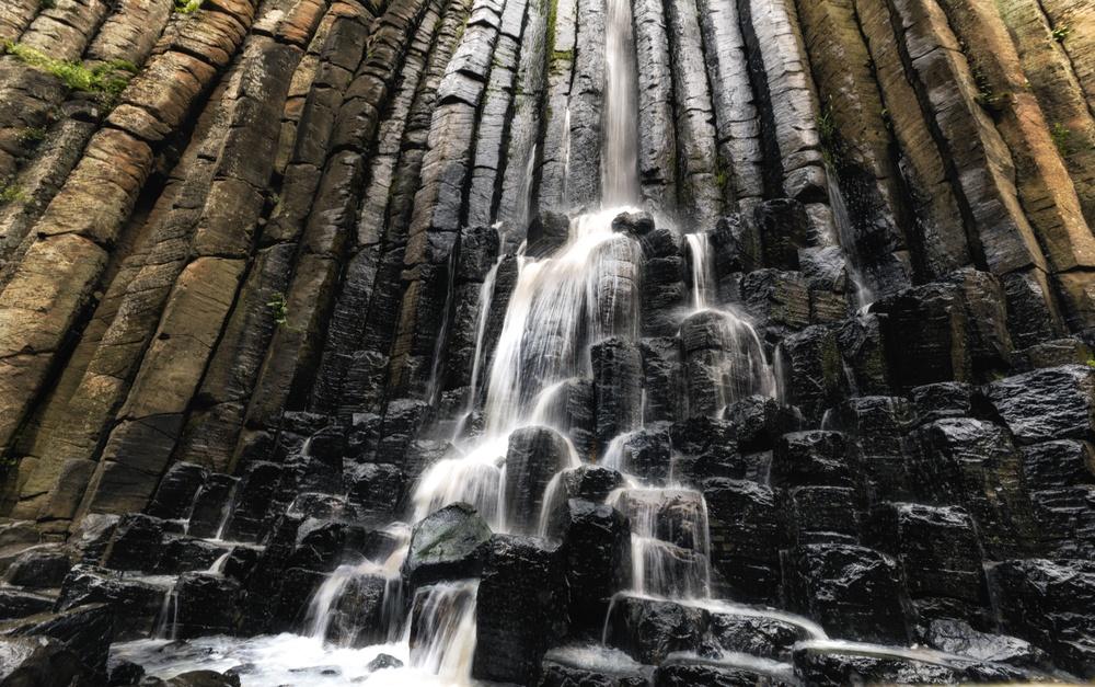 Formaciones volcánicas y prismas basálticos en Huasca de Ocampo, México