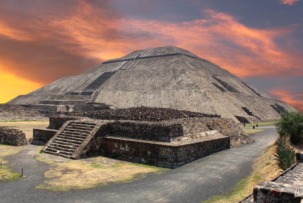 La ciudad de Teotihuacán y La pirámide del sol