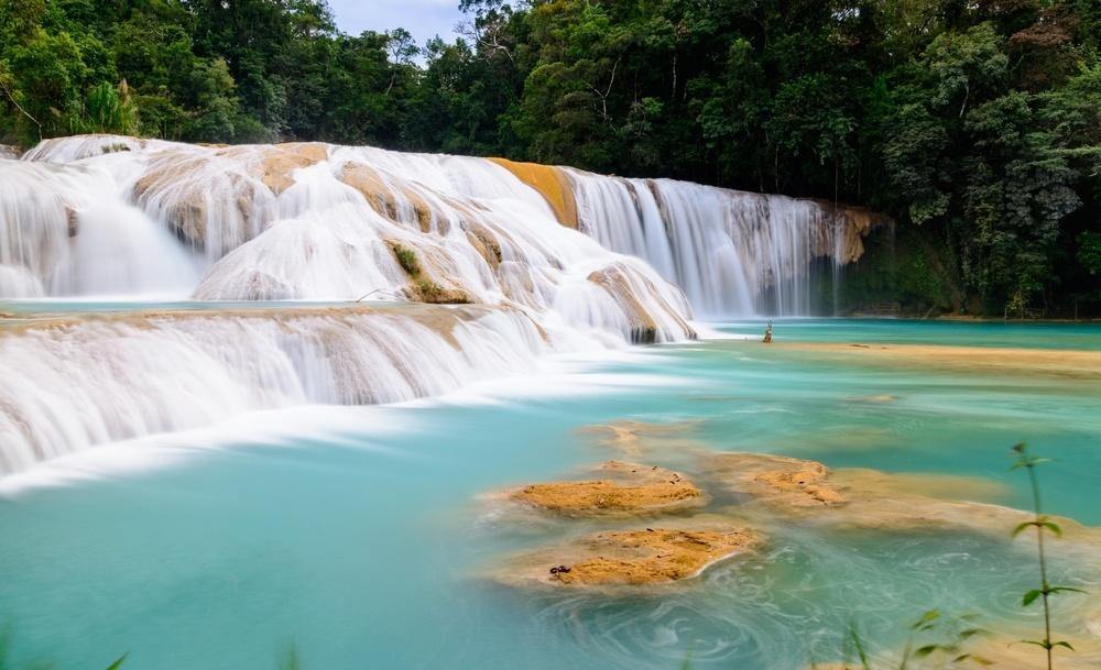 Las cascadas de Agua Azul en Chiapas, Mexico