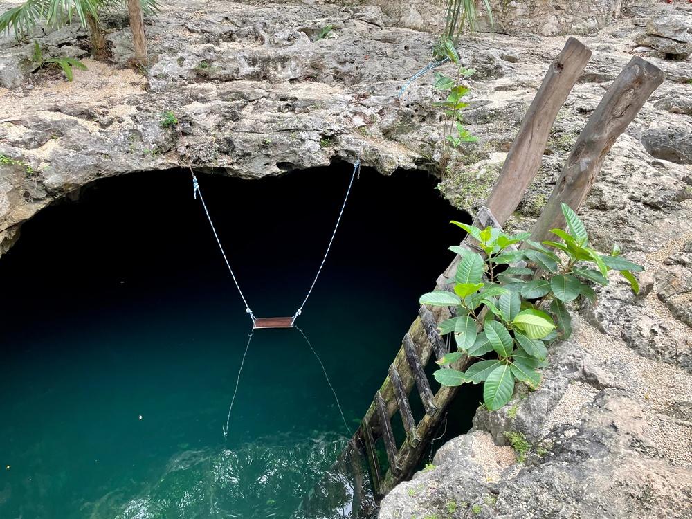 Cueva cenote calavera