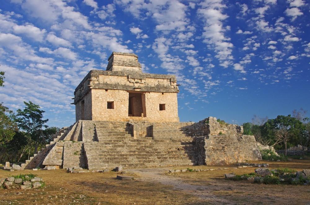 Templo 7 muñecas en Dzibilchaltun