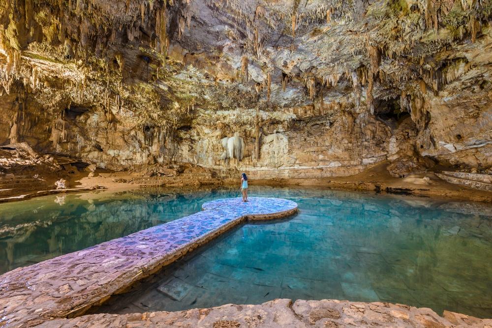 Dentro de la cueva cenote Suytun
