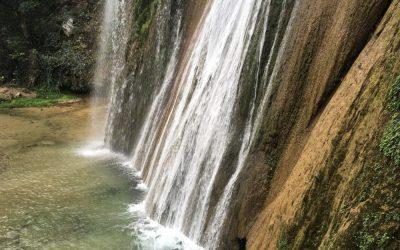 Agua Cascada Cola de Caballo en Monterrey