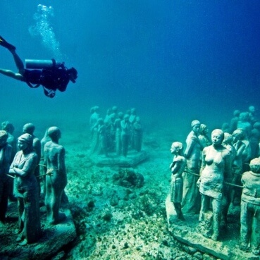 Image tour Diving in MUSA Cancun Underwater Museum