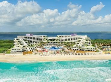 Vista de hotel Grand Oasis Sens