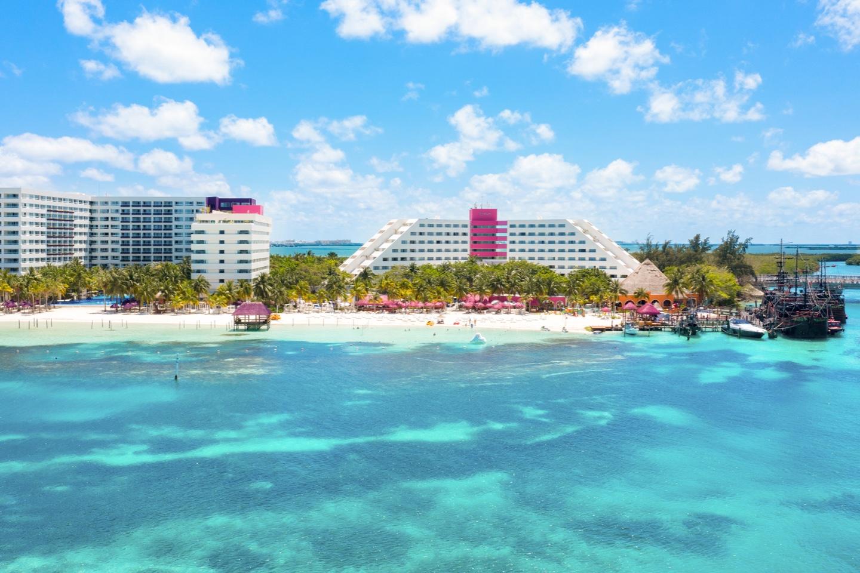 Vista de hotel Grand Oasis Palm