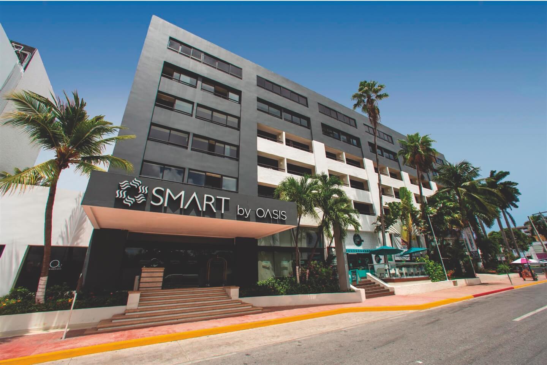 Vista de hotel Smart Cancun by Oasis